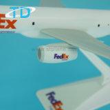 Aeroplanos del pasajero del 1:200 de B757-200 Federal Express los 24cm para la venta