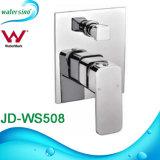 Le chrome en laiton de la vente Jd-Ws501 de mélangeur chaud de douche a plaqué le jeu de douche