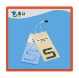 Os Hangtags/etiquetas de papel coloridos do vestuário das calças de brim, personalizam o Hangtag do papel do vestuário do Tag do balanço