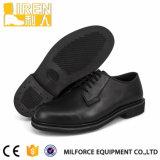 Klassischer Entwurfs-militärische echte Kuh-Leder-Büro-Schuhe