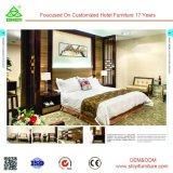 専門家によってカスタマイズされる木のホテルの寝室セットの家具
