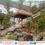 屋根ふき材料のTiki人工的な棒かTiki小屋の総合的なかやぶきにされたコテッジ水バンガローのビーチパラソル