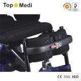 [توبمدي] عاق قوة كهربائيّة يرفع يقف فوق كرسيّ ذو عجلات