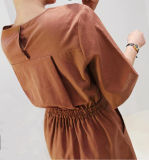 Robe ronde de collet de couleur pure de haute qualité faite sur commande