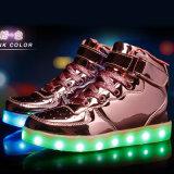 Zapatos ligeros de calidad superior al por mayor de los zapatos LED de los cabritos de los niños LED para los cabritos