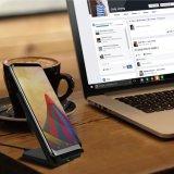 sostenedor sin hilos del cargador de la inducción de 5V 2A Qi para el iPhone