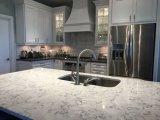 台所のための建築材料の人工的な大理石の上