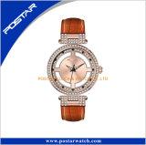 Vente de diamants de la mode OEM mondial montre avec verre de saphir