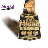 スポーツ賞のマラソンの金属メダル
