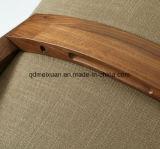 西部のレストランのホテルの木の椅子(M-X3116)
