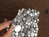 中国は金属アルミニウムタイルのBacksplashのタイルのモザイクにブラシをかけた