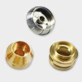 Partie d'usinage avec l'aluminium // le matériel en acier inoxydable en laiton