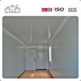 Casa ligera prefabricada portable de dos pisos del envase del marco de acero del bajo costo para los proyectos del campo