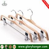 Calças de compensado de madeira preta Hanger com clipes de metal