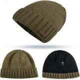 100% material acrílico e faixa etária adultos Patch Personalizado Beanies Inverno Hat