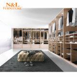 N&L moderne hölzerne Schlafzimmer-Garderoben-Entwürfe