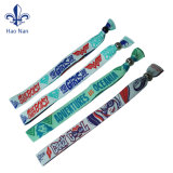 Wristbands tessuti poliestere su ordinazione di festival per i braccialetti dei regali di promozione