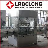 Limpiar la máquina que capsula de relleno del desinfectante líquido antiséptico