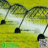 Exploração agrícola que polvilha a máquina/máquina Center do pivô