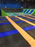 Fabricante líder ajudando a criar campos de trampolim para interior
