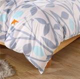 安いMicrofiberポリエステルホーム織物の羽毛布団カバー敷布の寝具セット