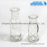 De in het groot Duidelijke Lege Fles van de Drank van het Glas van de Drank