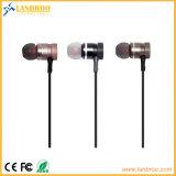 L'adsorption magnétique écouteurs stéréo Bluetooth® sans fil avec microphone mains libres