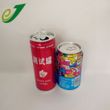 Пустой сода может и энергетический напиток банок для напитков на заводе