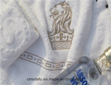 Het gekamde Borduurwerk van de Handdoek van de Handdoeken van het Katoenen Hotel van de Jacquard Witte