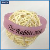 Bracelet promotionnel de silicones de logo estampé par translucidité rose
