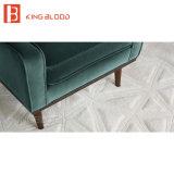 ビロードは木の性のソファーの一定の椅子デザイン肘掛け椅子を装飾した