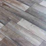木の積層のフロアーリングに床を張る8.3mm 12.3mm HDFの寄木細工の床