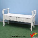 ハンドメイドの木製の旧式で長い腰掛けのフランスの家具のベンチ