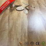 Preço barato lado superfície raspada 12,3mm irão pisos laminados