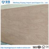 El grado AAA Okume de 4mm para los muebles de madera contrachapada comercial