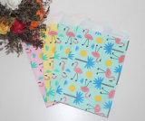 Saco de papel dos doces para o dia das crianças