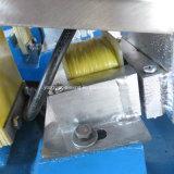 Transporte eletromagnético Roasted minúsculo automático da vibração do amendoim para a extrusora
