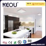 AC 100-240V LED天井ライトはISO9001製造業者ラジウム80によって作り出した