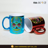 Degradado de color Taza de cerámica taza de café con adhesivo de cráneo