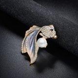 Cristal de color rojo Abalorios de zirconio personalizado Pearl broche de metal mayorista