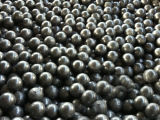 鉱物のためのDia 80mmの低価格の造られた粉砕の鋼球