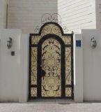 Los más nuevos solos diseños de la puerta del hierro labrado del ventilador