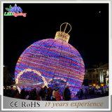 Света шарика рождества праздника свет украшения рождества светлого СИД большой напольный