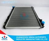 Radiador de alumínio especial para a Nissan Infiniti'03-05 Fx45 Mt com depósito de plástico