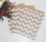 POINT de polka rayé rose de Chevron de sac de sucrerie de papier de faveur d'usager