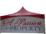 展示会または広告のための最も高いピークのテントの塔のおおいのテント