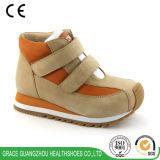 Zapatillas de deporte ortopédicas de los niños de los zapatos corrientes de los estudiantes con diseño antideslizante