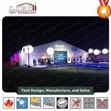 Grande tente de noce de 300 personnes avec la décoration