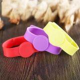 Soem-heißer verkaufender kundenspezifischer SilikonWristband/Armband/PVC Wristband