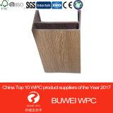 WPCの木製の合成の天井のボード、PVCアーキテクチャ室内装飾40*100mmのための偽の天井デザイン
